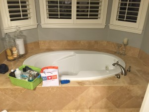 Master Bath bathtub/before